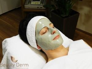 Harmat tiszta bőr